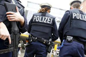 Немцев предупредили об угрозе биологических терактов
