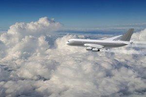 Украина создаст две новые авиакомпании - Омелян