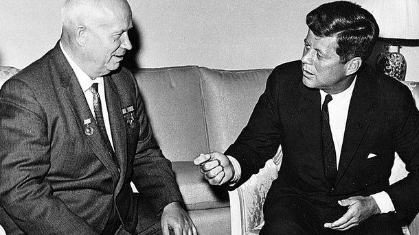 Не поддались. Никита Хрущев и Джон Кеннеди выбрали худой мир хорошей войне. Фото: jfklibrary.org