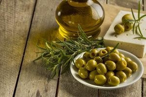 Ароматизированное оливковое масло: ТОП-6 рецептов