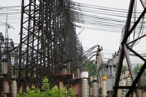 Долг Киева за электроэнергию подбирается к миллиарду гривен