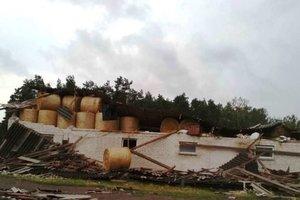 По Польше пронесся мощный ураган: пострадали люди