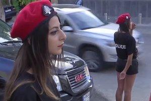 В Ливане женщин-полицейских одели в мини-шорты ради туристов