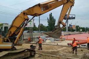 Рабочие займут тротуар и часть дороги. Фото: facebook.com/kievavtodor