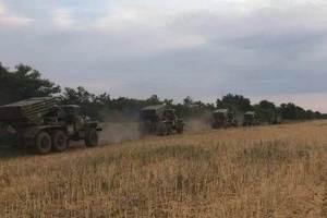 """Под Крым перебросили """"Грады"""" и """"Ураганы"""": морпехи и артиллеристы устроили стрельбу"""