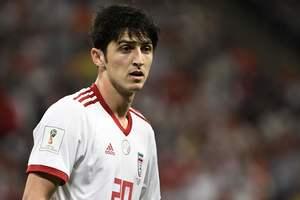 Лидер сборной Ирана завершил карьеру в 23 года