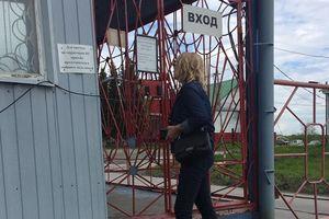 Денисова показала видео, как ее не пускают к Сенцову