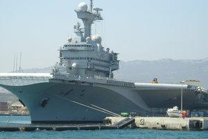 Франция наращивает расходы на оборону до стандарта НАТО