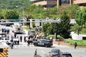 В редакции газеты в США, где были застрелены пять человек, обнаружили бомбу