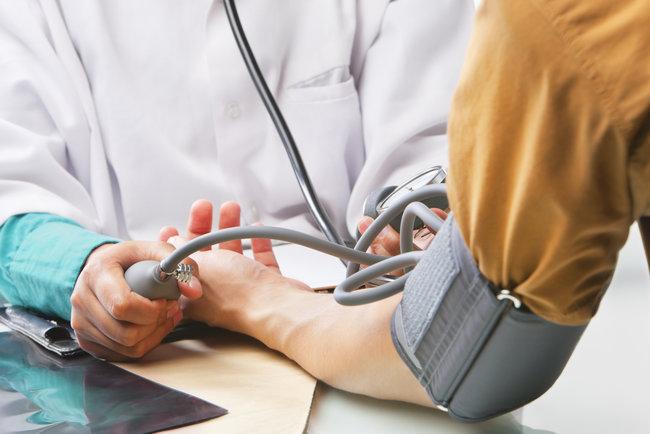 Как снизить артериальное давление в домашних условиях 48
