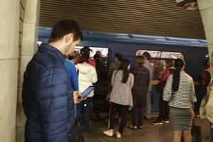 """На """"зеленой"""" ветке метро в Киеве - проблемы с поездами"""