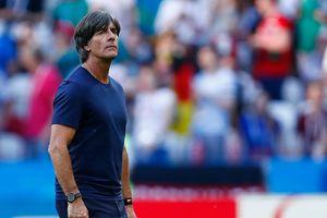 Тренер сборной Германии после провала на ЧМ-2018 пять дней думал о своем будущем