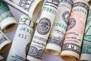 Закон о валюте отправлен на подпись президенту Порошенко