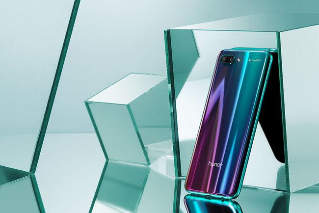 Обновленная версия Huawei Honor 10 GTполучит 8 Гбпамяти— микроблог Mixrus