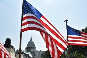 В США отметили День Независимости бургерами и фейерверками
