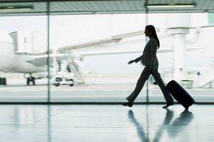 Запорожский аэропорт уменьшил прием пассажиров