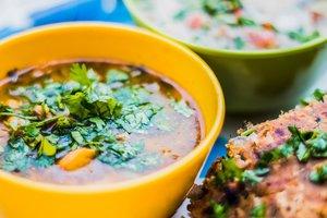 Лайфхак: как приготовить вкусные соусы к мясу