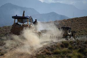В Афганистане смертник подорвал автомобиль со взрывчаткой