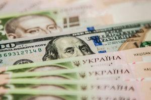 Что изменилось в кошельке украинца: народ тратит больше, чем зарабатывает
