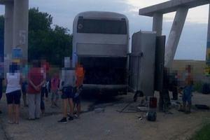 На трассе Киев - Одесса на ходу загорелся автобус: в салоне находились дети