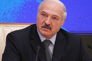 Лукашенко спел украинскую песню с уехавшей в Россию звездой