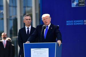 """Трамп: """"США должны платить меньше, а страны НАТО - больше"""""""