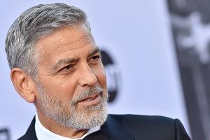 Появилось видео момента аварии с участием Джорджа Клуни