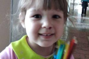Под Киевом нашли трехлетнюю девочку: мать до сих пор ищут
