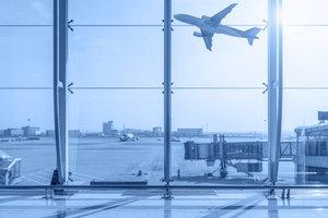 Проблемы в аэропортах: как добиться компенсации ущерба и что нужно знать об этом