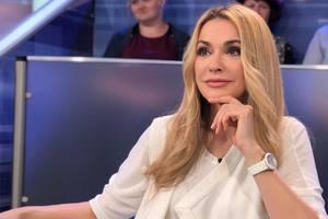 """""""Как пацанка!"""": Ольга Сумская сделала фото в неожиданном образе"""