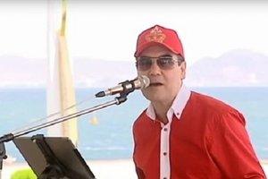 """Президент Туркменистана записал новый """"хит"""", появилось видео"""