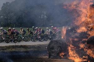 """Дэниэл Мартин выиграл шестой этап """"Тур де Франс"""""""