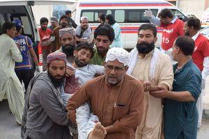 В Пакистане более 30 человек погибли от второго взрыва за день