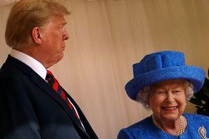 Елизавета II встретилась с четой Трампов в Виндзорском замке