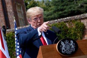 Скандал с российским вмешательством в выборы США: Трамп назвал виновного