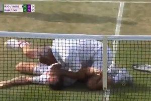Теннисист изобразил Неймара во время матча: ему пришлось делать искусственное дыхание