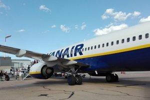 В Германии экстренно приземлился самолет Ryanair: пострадали 33 человека