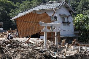 Число погибших из-за ливней в Японии выросло до 216 человек