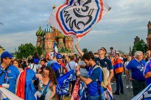 Россияне воруют билеты на финал ЧМ-2018 у иностранных туристов прямо перед стадионом