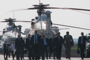 Януковича встречали на вертолетах. Фото: архив