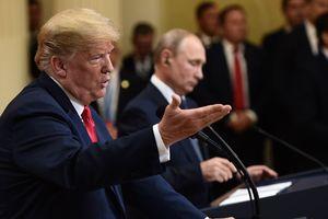 """""""Это лучше было сказать прямо в лицо"""": Трамп сделал заявление о вмешательстве РФ в выборы"""