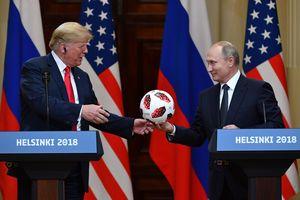 Эксперт отметил важные жесты Трампа во время выступления с Путиным