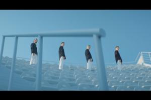 Опубликованы первые кадры клипа совместной песни Нади Дорофеевой и MONATIK