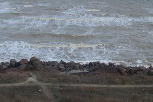 На курорты Азовского моря пришел шторм: опубликованы видео