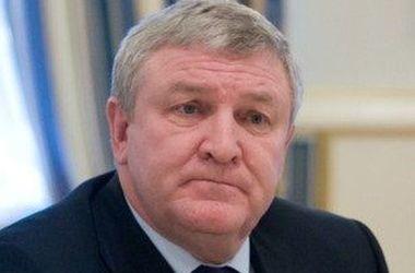 Экс-министр обороны Украины получил статус беженца в Беларуси