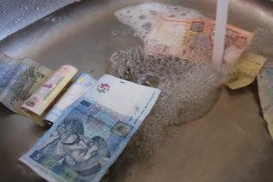 """За вами должок: где в Украине хуже всего платят за """"коммуналку"""", и почему"""