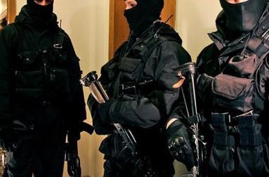 Полиция нагрянула с обысками в офисы запрещенной Компартии