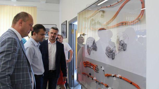 Украина будет задействована в производстве Porsche и Bentley