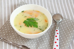 Идея для обеда: суп с полентой и овощами