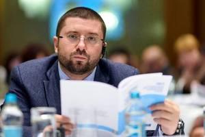 В Запорожье раскрыли подробности о заработках скандального депутата